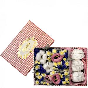 Цветы в коробке Лакомый кусочек
